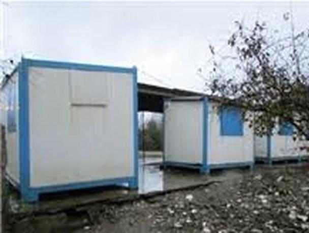 اهدای کانکس به زلزلهزدگان سیسختی/ احداث ۲هزار خانه در شهر زلزلهزده سیسخت