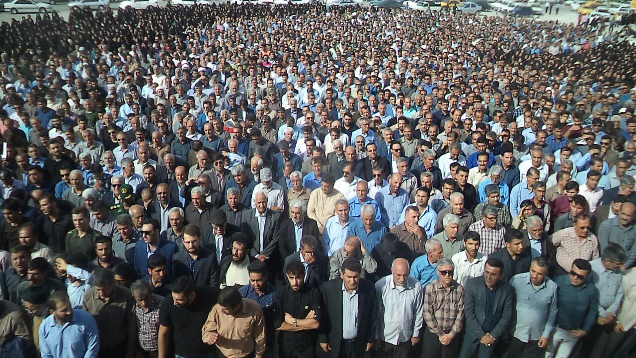 پیوند امام و امت چهل ساله شد/ مردم در باران آمدند؛ چهل سال است پایکاریم +تصاویر