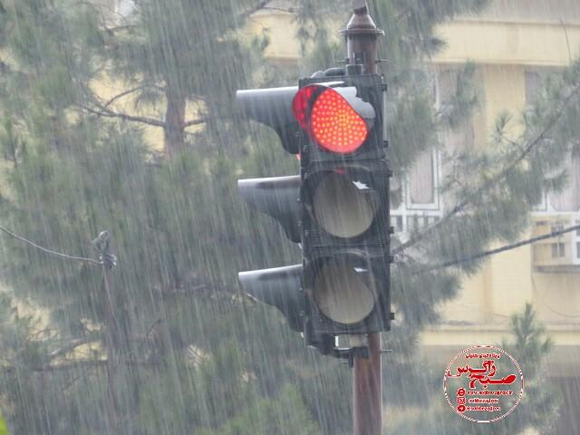 بارش قطرات زیبای باران در دیار بلادشاپور